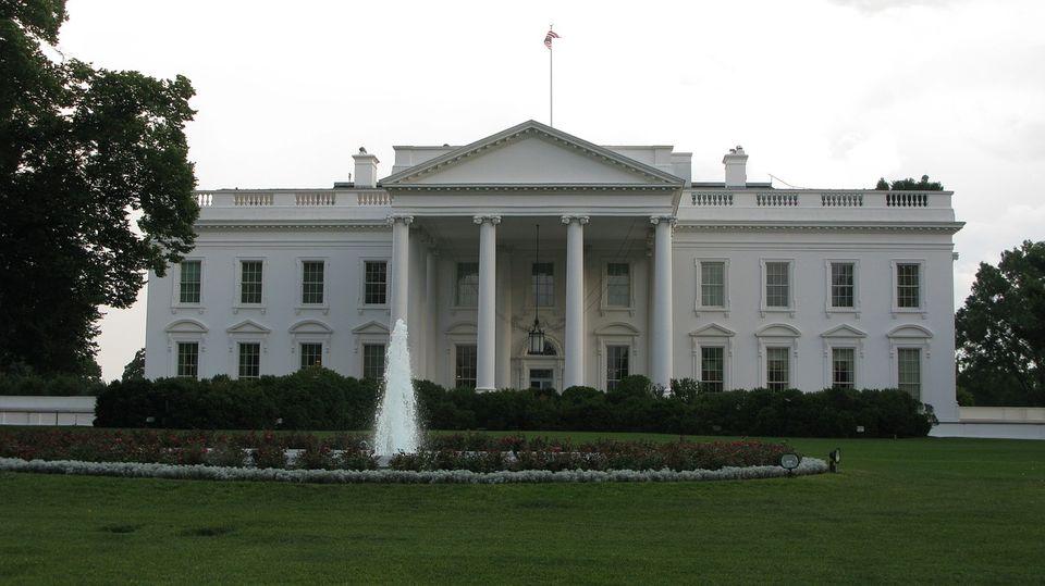 もはや政治は「投資」対象 米大統領選で見える「金で買える民主主義」の姿