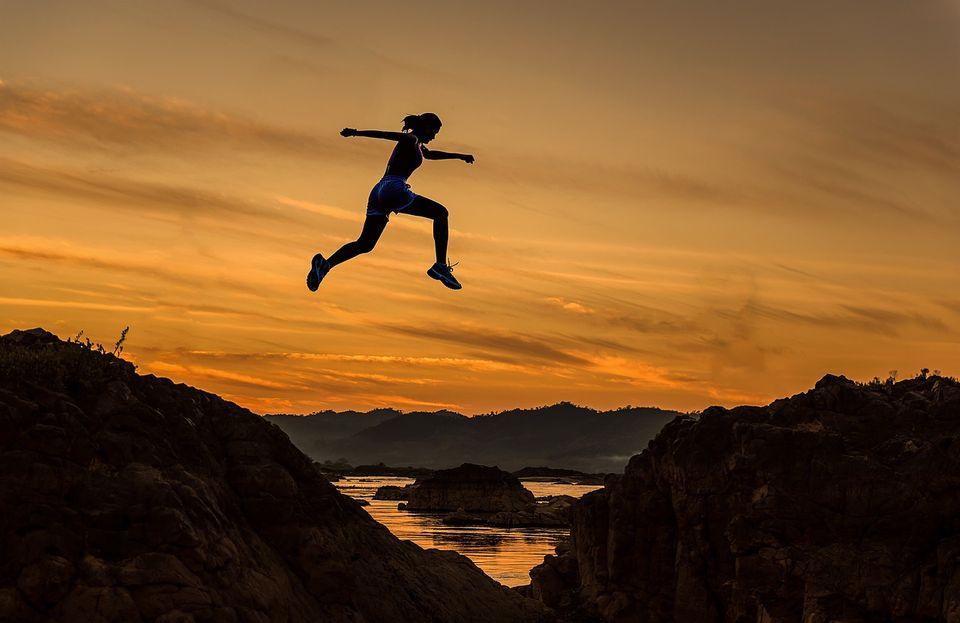 「どうせ自分なんて」を乗り越えるための勇気を身に付けるには?
